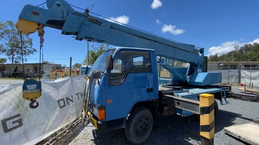'Old Faithful' - Aichi 3T Truck Mounted Slew Crane
