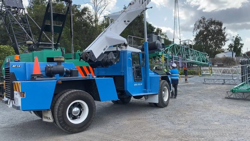 'THE BLUE BULLET' - 14T Non-Slew Crane | Terex Franna AT14