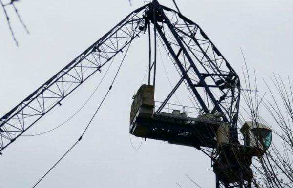 tower crane broken jib 1